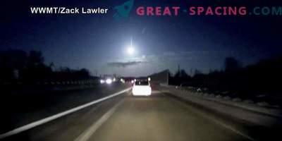 Teadlased uurivad meteoriiti Michiganist.