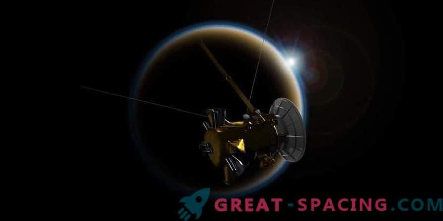 Cassini hüvasti Titani üle