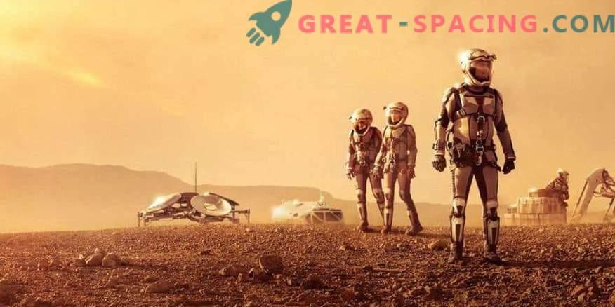 Inimkond võiks koloniseerida Marsi aastakümneid tagasi