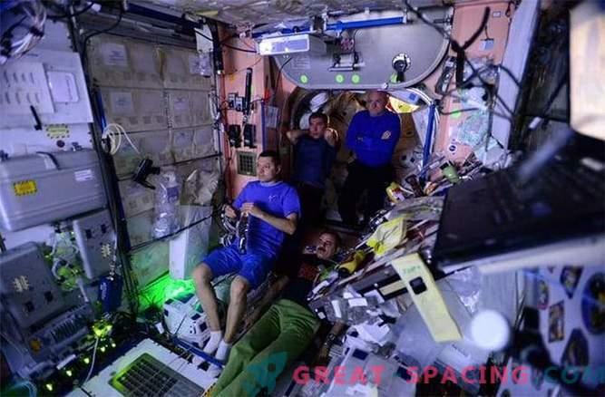 Kuidas NASA astronaudid sillutavad teed Marsile