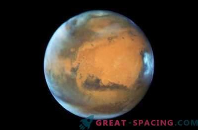 Teadlased püüavad seletada, et Marsil on imelikud vilkumised