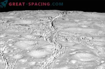Cassini sondid Enceladus, suurepärased fotod