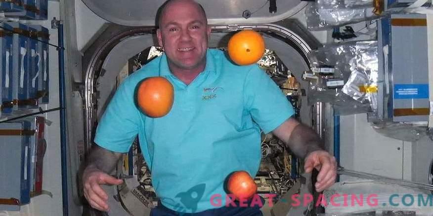 Vale number! Astronaut valis kogemata 911 kosmosest
