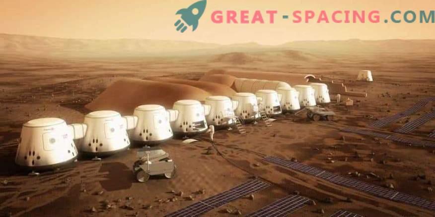 Ilon Musk pakub Marsile robotite koloonia