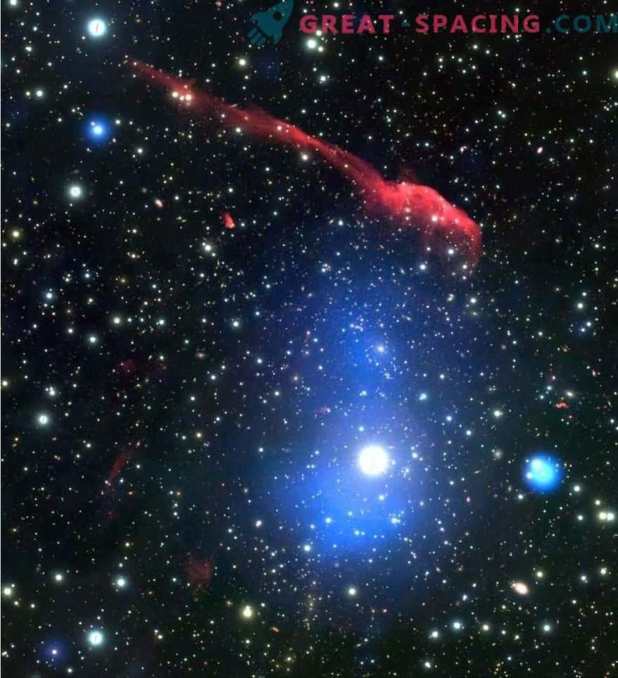 Galaktilise klastri mitme lainepikkusega pilt Hambahari