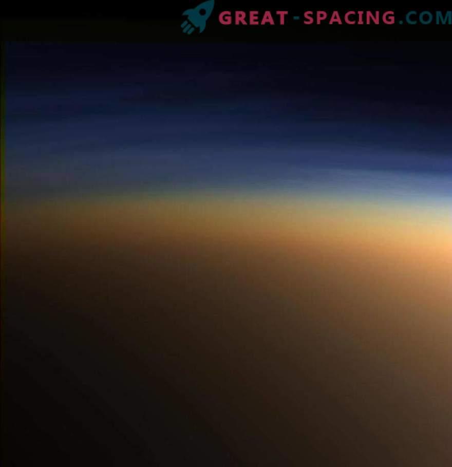 Cassini avastas titaani atmosfääris metaani jääkristallid