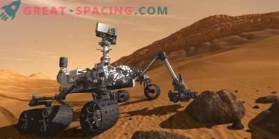 Epic Self ja Marsi panoraam tolmusest uudishimu Roverist