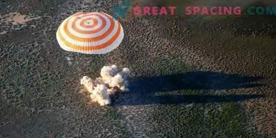 Astronaut ja kaks astronaudi tulid tagasi ISSist