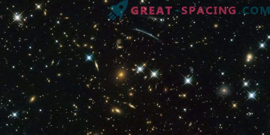 Aken kosmilisse minevikku