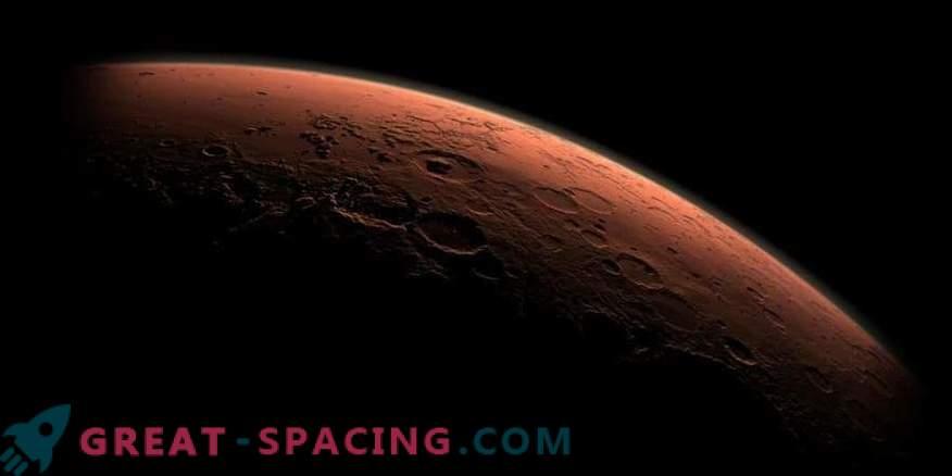 Marsil leiti hiljutisi veevooge