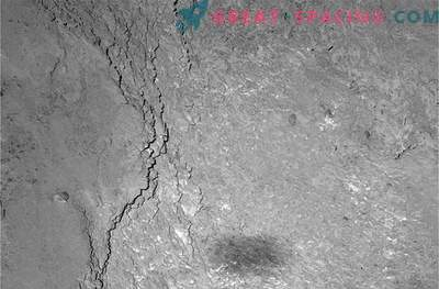 Rosetta paneb komeetide pinnale oma varju.