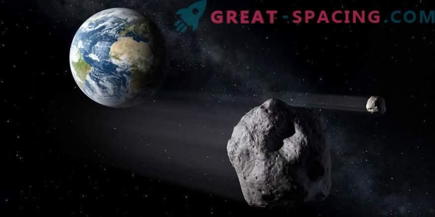 Kaks satelliiti asteroid Firenzes