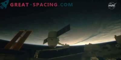 SpaceXi draakonikapslid pakuvad ISSile jõuluvõistlusi