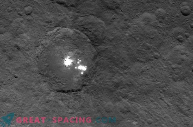 Teadlased ei suuda endiselt mõista Ceresi salapäraste paikade olemust