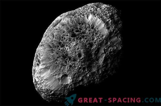Cassini sond saab viimast fotot Saturni kummalisest lõõgastavast satelliidist