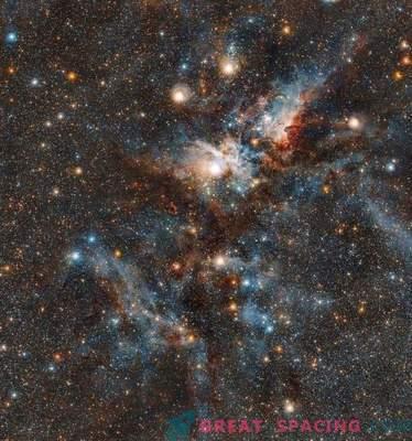 Verine lahing tähtede ja tolmu vahel Carina udus