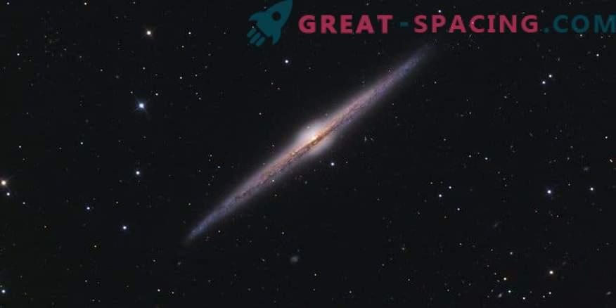 Neobičajna krof v galaksiji NGC 6109