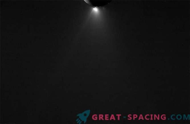 Cassini võttis Enceladusest viimased pildid