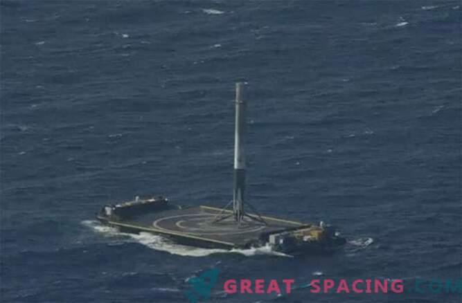 Edu! SpaceX Falcon 9 raketi õnnestus ookeani maanduda