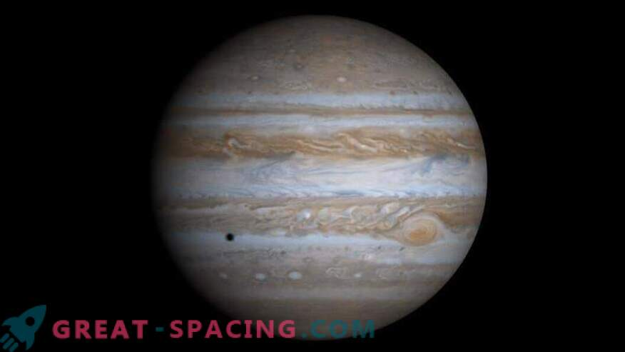 Salapärane sündmus peatas Jupiteri kasvu