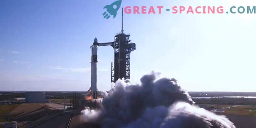 SpaceX meeskonna kapsli katse käivitamine, mis on kavandatud veebruariks